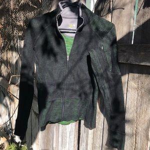 Mountain Hardware zippered jacket